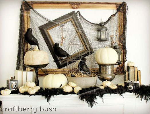 Le Frame Shoppe Blog | Halloween Decorations in 5 Minutes